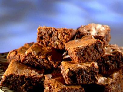 _Rhubarb-Chocolate-Brownies_s4x3.jpg.rend.sni12col.landscape